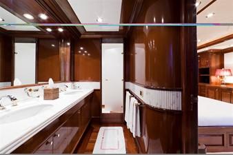SOPHIE BLUE 12 Master's stateroom bathroom