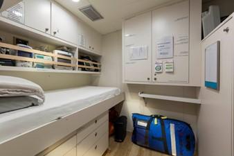Hospital/Clinic
