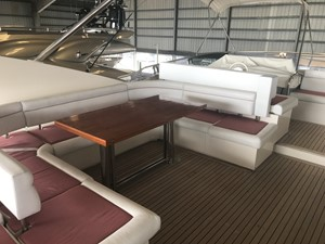 ORA O MAI PIU 1 Flybridge Seating