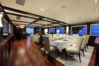 main deck salon general view