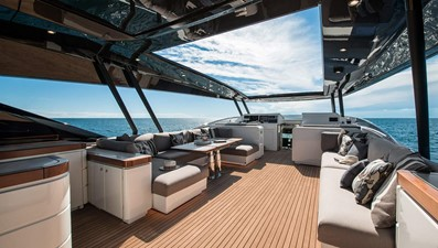 Monte Carlo Yachts MCY 96 6
