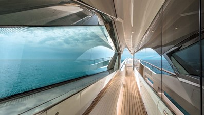 Monte Carlo Yachts MCY 96 9