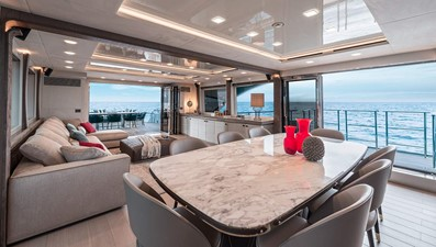 Monte Carlo Yachts MCY 96 13