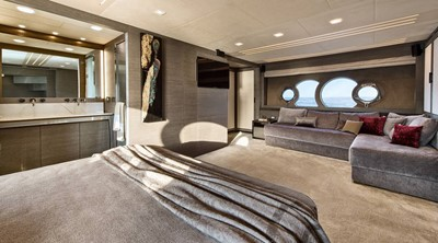 Monte Carlo Yachts MCY 105 14