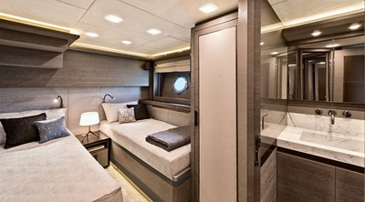 Monte Carlo Yachts MCY 105 15