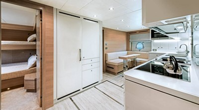 Monte Carlo Yachts MCY 105 18
