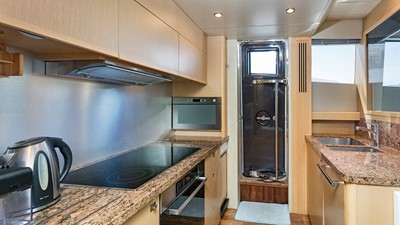 DREAM ON 7 DREAM ON 2010 PRINCESS YACHTS 85 Motor Yacht Yacht MLS #248569 7