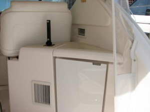Kruz'n Susan 11 Helm Area Refrigerator and Sink