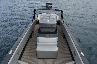 50ft 2010 Nor-Tech 5000V Diesel 5 50ft 2010 Nor-Tech 5000V Diesel 2010 NOR-TECH 5000V Diesel Cruising Yacht Yacht MLS #238305 5