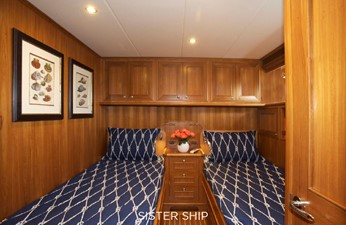 860 MY 6 860 MY 2022 OUTER REEF YACHTS 860 MY Motor Yacht Yacht MLS #226357 6