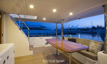 700 MY 7 700 MY 2022 OUTER REEF YACHTS 700 MY Motor Yacht Yacht MLS #226365 7