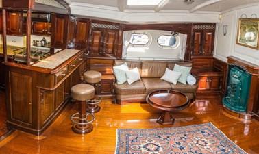 CARMELLA 13 Salon Starboard