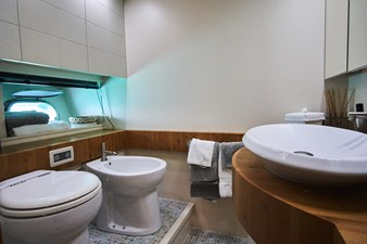 SYBER 35 Vip Bathroom-min