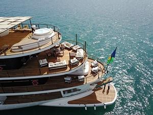 CHAKRA 4 CHAKRA 1998 DEVONPORT YACHTS  Motor Yacht Yacht MLS #233504 4