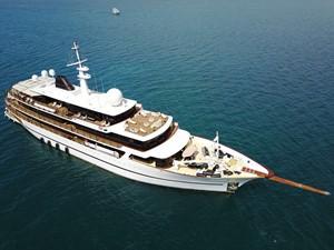 CHAKRA 2 CHAKRA 1998 DEVONPORT YACHTS  Motor Yacht Yacht MLS #233504 2