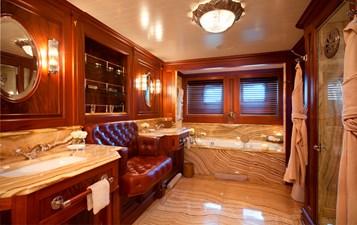 yacht-tiara-interior-08