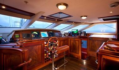 yacht-tiara-interior-11