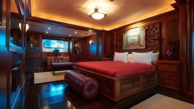 yacht-tiara-interior-2019-10