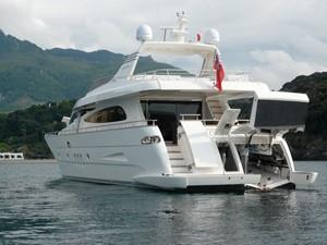 EH2 17 At anchor