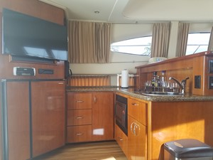 dream 4 360 Carver SS - Galley