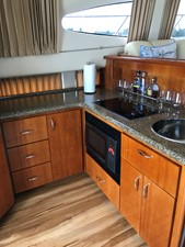 dream 6 360 Carver SS - Galley