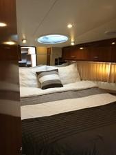 dream 13 360 Carver SS - Master Stateroom