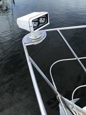 dream 34 360 Carver SS - Bow Spot Light