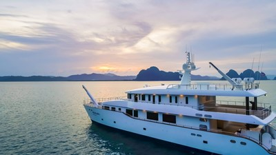 PHATSARA 2 PHATSARA 2012 SILKLINE Incat Crowther 37M Power Catamaran Motor Yacht Yacht MLS #249191 2