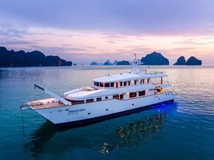PHATSARA 3 PHATSARA 2012 SILKLINE Incat Crowther 37M Power Catamaran Motor Yacht Yacht MLS #249191 3