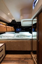 Double Cabin - Starboardside