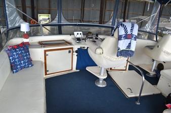 MAE AS WELL 6 MAE AS WELL 1985 CHRIS-CRAFT 500 Constellation Motor Yacht Motor Yacht Yacht MLS #249603 6