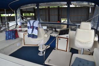 MAE AS WELL 7 MAE AS WELL 1985 CHRIS-CRAFT 500 Constellation Motor Yacht Motor Yacht Yacht MLS #249603 7