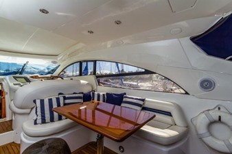 Cockpit Salon Dinette / Settee