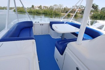Huge Flybridge Seating