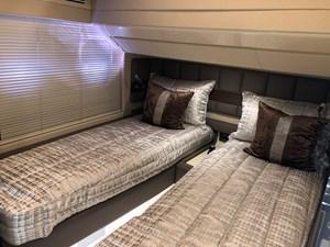 64 Azimut VIP Stateroom 1