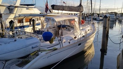 46ft 1997 Beneteau 461 1 46ft 1997 Beneteau 461 1997 BENETEAU 461 Cruising/Racing Sailboat Yacht MLS #250001 1