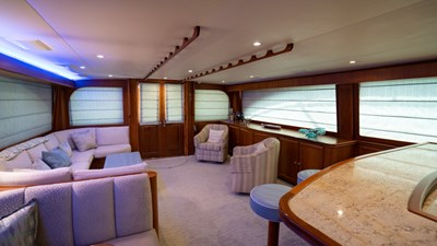 2010 Donzi 80 Convertible - Marlene Sea IV - Salon