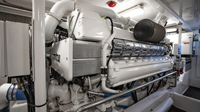 2010 Donzi 80 Convertible - Marlene Sea IV - Engine Room