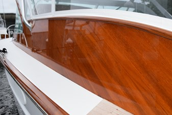 Clearcoat Finish on Deckhouse
