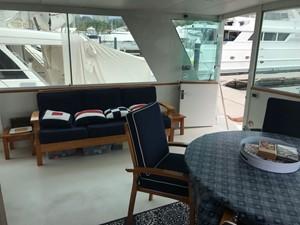 Hatteras 71' 39 Hatteras 70' Cockpit_41 AziMx