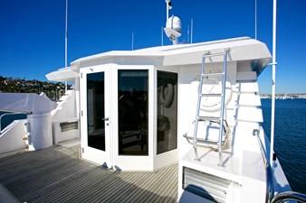 SEYCHELLE 111 bridge deck