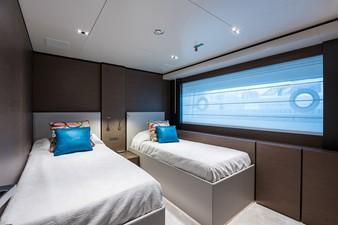 No Name Navetta 33 M Custom Line 36 Fwd Stbd Guest Cabin