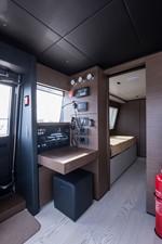 No Name Navetta 33 M Custom Line 63 Wheelhouse- Radio Station