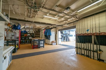 Garage Starboard