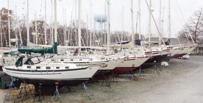 Pacific Seacraft Specialists -- 24'-44'