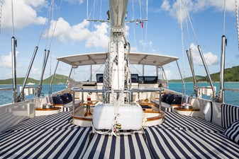 ELLEN 7 ELLEN 2001 PERINI NAVI  Cruising Sailboat Yacht MLS #252060 7