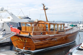 AMALI 2 AMALI 1991 MC MILLAN Modern Classic 48 Motor Yacht Yacht MLS #252302 2