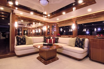 Main Saloon- Starboard