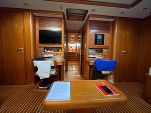 ANEMOS 8 Cabin detail