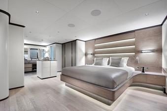 ALL ABOUT U2 6 Master Stateroom